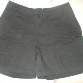 e2da24ba2c 38-as Vero Moda fekete nadrágszoknya ...