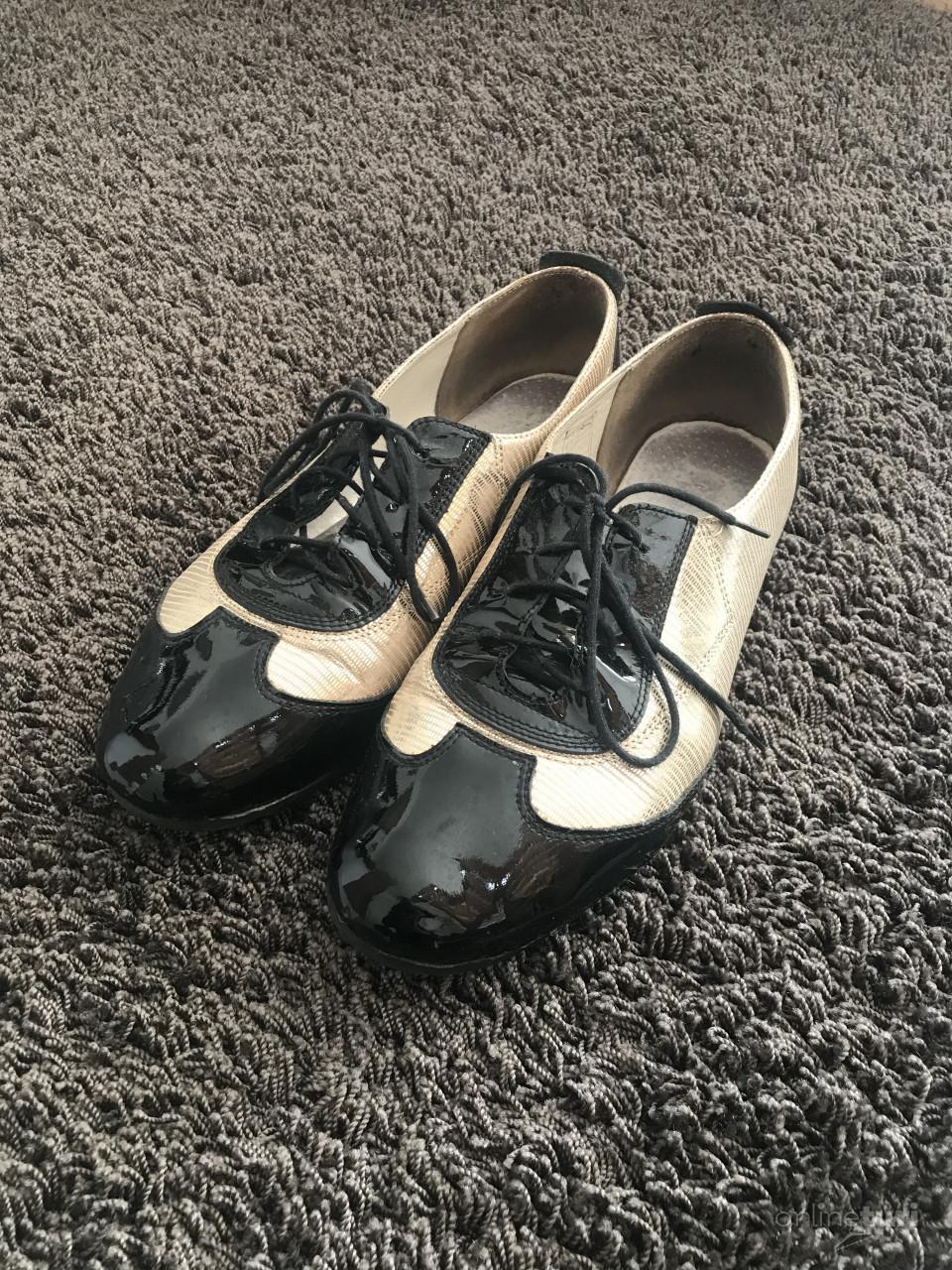 909c7883d664 Feketa-arany cipő, Békésszentandrás - OnlineTuri